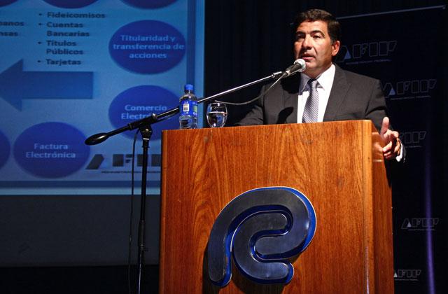 Conferencia del Dr. Echegaray en el Consejo